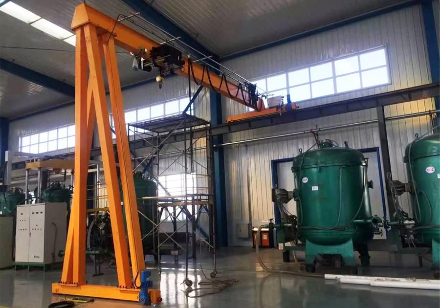 A 10 ton Semi gantry crane